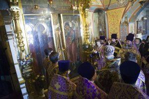 Крестопоклонная неделя в Крестобогородском ярославском храме